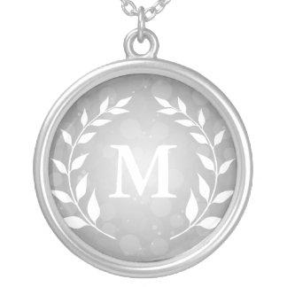 Monograma de plata de Bokeh y del laurel Grimpola Personalizada