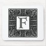 "Monograma de plata del Celtic ""F"" Alfombrilla De Raton"