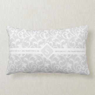 Monograma de plata elegante del remolino del damas cojines