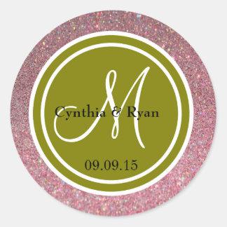 Monograma del boda del brillo rosado y del verde etiquetas redondas