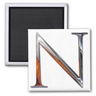 Monograma del metal N Imán Cuadrado