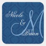Monograma del novio de la novia del boda del damas calcomania cuadrada personalizada