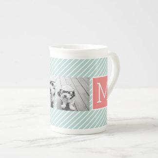 Monograma del personalizado del collage de la taza de porcelana