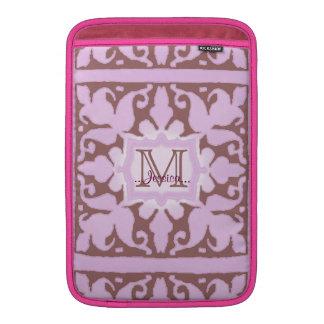 Monograma del vintage (rosa) (boda) fundas MacBook