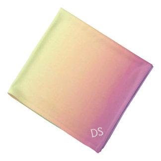 Monograma en colores pastel de Ombre del arco iris Bandanas