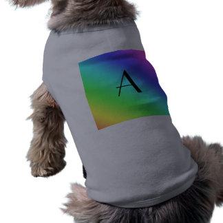 Monograma en colores pastel del arco iris camisetas mascota