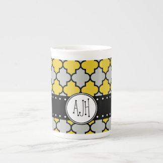 Monograma - enrejado marroquí - negro gris taza de porcelana