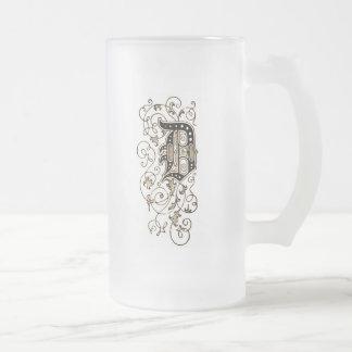 """Monograma floral adornado """"D"""" - Jarra De Cerveza Esmerilada"""