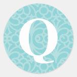 Monograma floral adornado - letra Q Pegatina Redonda