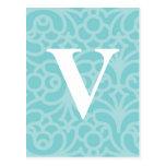 Monograma floral adornado - letra V Postal