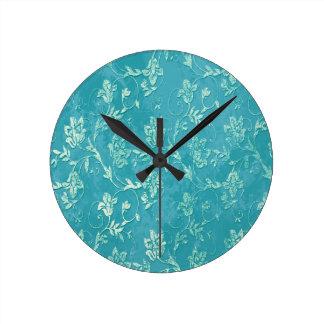 Monograma floral con clase del trullo del vintage reloj redondo mediano