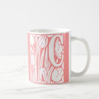 Monograma floral de C Taza De Café