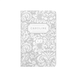 Monograma floral gris del damasco cuadernos grapados