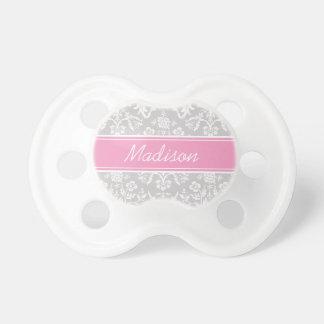 Monograma floral gris y rosado del personalizado chupete de bebe
