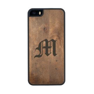 Monograma gastado del tablero del pino funda de madera para iPhone 5