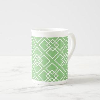 Monograma geométrico blanco verde del modelo tazas de china