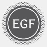 Monograma gris de Chevron Etiquetas Redondas