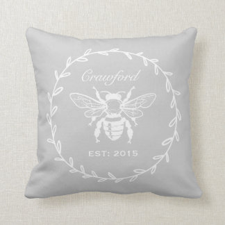 Monograma gris del panal del laurel de la abeja de cojín