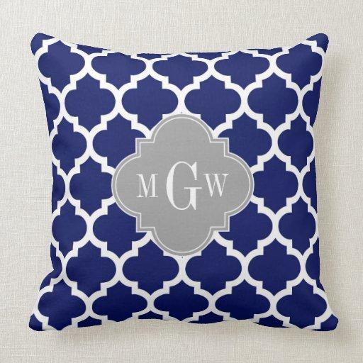 Monograma inicial azul del gris 3 blancos del almohadas