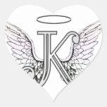 Monograma inicial de la letra K con las alas y Colcomanias Corazon Personalizadas