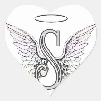 Monograma inicial de la letra S con las alas y Pegatina De Corazón