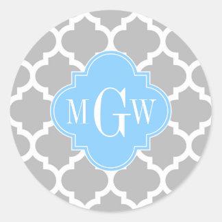 Monograma inicial del azul de cielo #5 del blanco etiquetas redondas