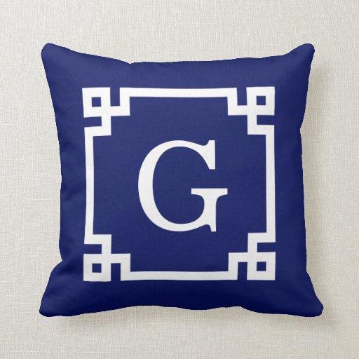Monograma inicial dominante griego blanco del marc almohadas
