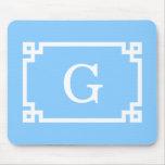 Monograma inicial dominante griego blanco del marc tapetes de ratón