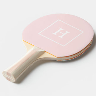 Monograma inicial enmarcado blanco rosa claro pala de ping pong