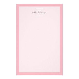 Monograma inicial enmarcado blanco rosado papelería personalizada