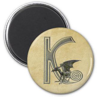 Monograma K del Gargoyle Imán Redondo 5 Cm