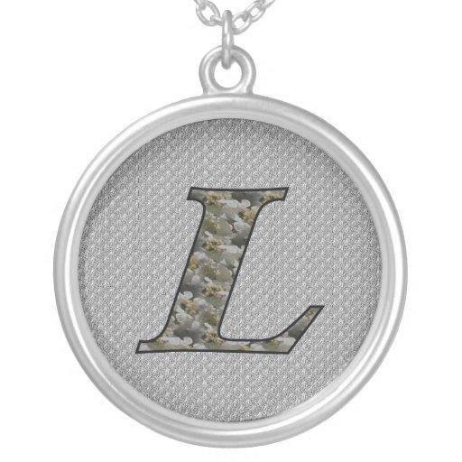 Monograma L inicial collar floral del Hydrangea