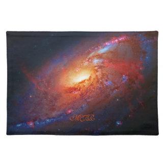 Monograma, M106 galaxia espiral, bastones Venatici Manteles Individuales