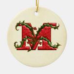 Monograma M del acebo del navidad Ornamento Para Reyes Magos