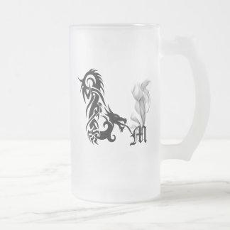 Monograma M del dragón Taza De Café