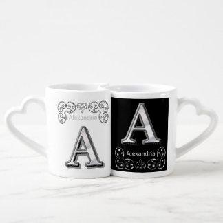 Monograma metálico moderno (a) tazas amorosas