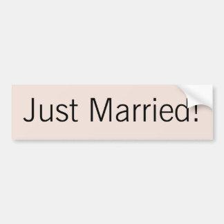 """Monograma moderno - rosado y negros """"apenas casado pegatina para auto"""