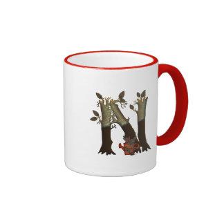 Monograma N del árbol del otoño Tazas De Café