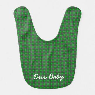 Monograma negro verde del babero del bebé del