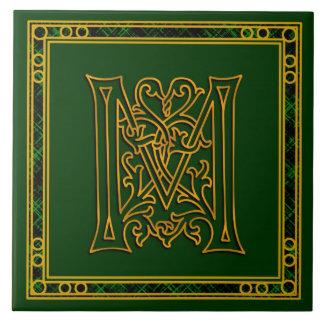 "Monograma ""oro irlandés de M en"" las baldosas Azulejo Cuadrado Grande"