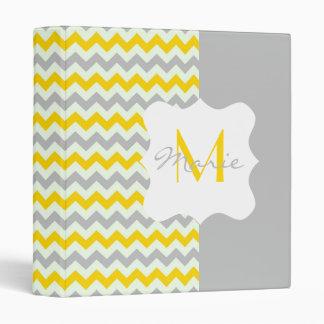 """Monograma personalizado Chevron amarillo y gris Carpeta 1"""""""