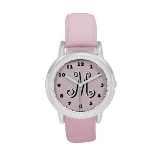 Monograma personalizado el | rosado de la letra de relojes de mano