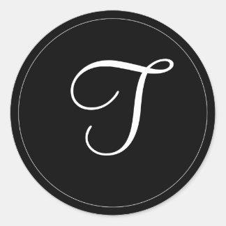 """MONOGRAMA: Plantilla blanco y negro """"T """" del Pegatina Redonda"""