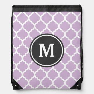 Monograma púrpura de Quatrefoil Mochilas