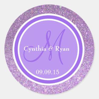 Monograma púrpura del boda del añil del brillo y pegatina redonda