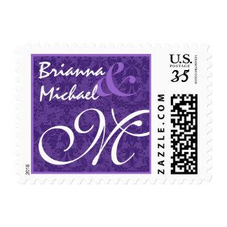 Monograma púrpura del boda del damasco M Sellos