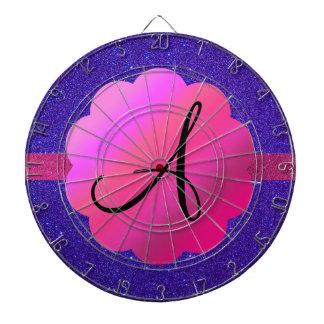 Monograma púrpura del brillo tablero de dardos