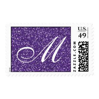 Monograma púrpura del personalizado del brillo sello postal