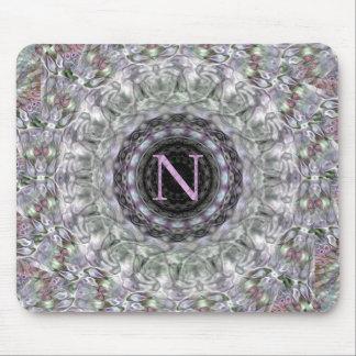 Monograma púrpura N de la estrella de la onda Tapetes De Ratones