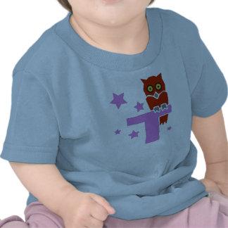 Monograma retro lindo T de la letra del ejemplo co Camisetas